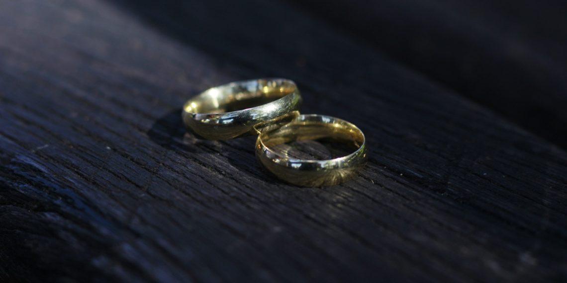 Es ist immer der bessere Weg, wenn beide Partner die Ringe im Einvernehmen ablegen (Foto: pixaba, license free).