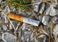 Zigarettenstummel einfach so wegzuwerfen, kann teuer werden (Foto Wolfgang Eckert, pixabay, license free).