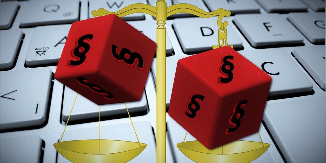 Einer Studie zufolge setzen auch kleinere und mittelgroße Kanzleien mehr und mehr auf Legal Tech (Foto: Pixabay, license free).