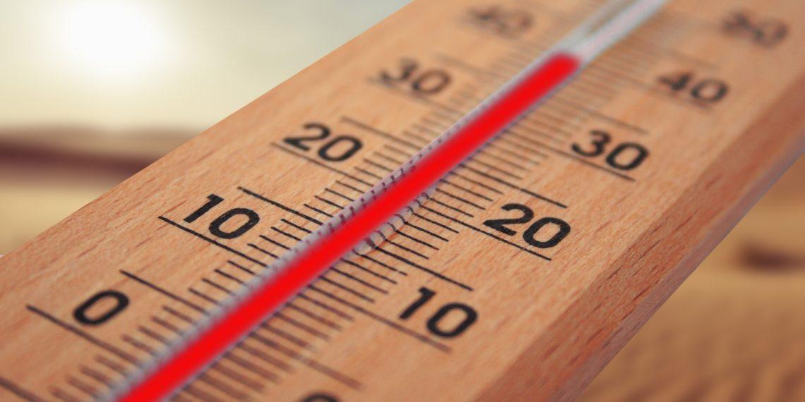 Wenn es in der Wohnung zu heiß wird, dann wäre eine Klimaanlage hilfreich. (Foto: Gerd Altmann, Pixabay, license free).