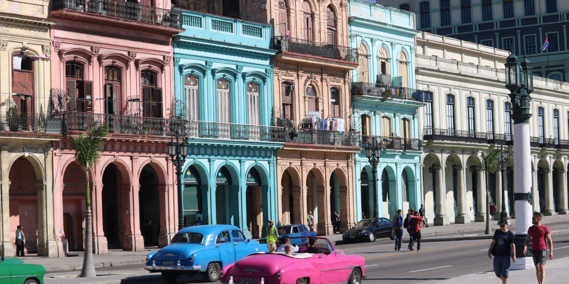 Ihre Kuba-Reise hatte sich ein Ehepaar aus Niedrsachsen gewiss anders erträumt. (Foto: Pixavay, license free)