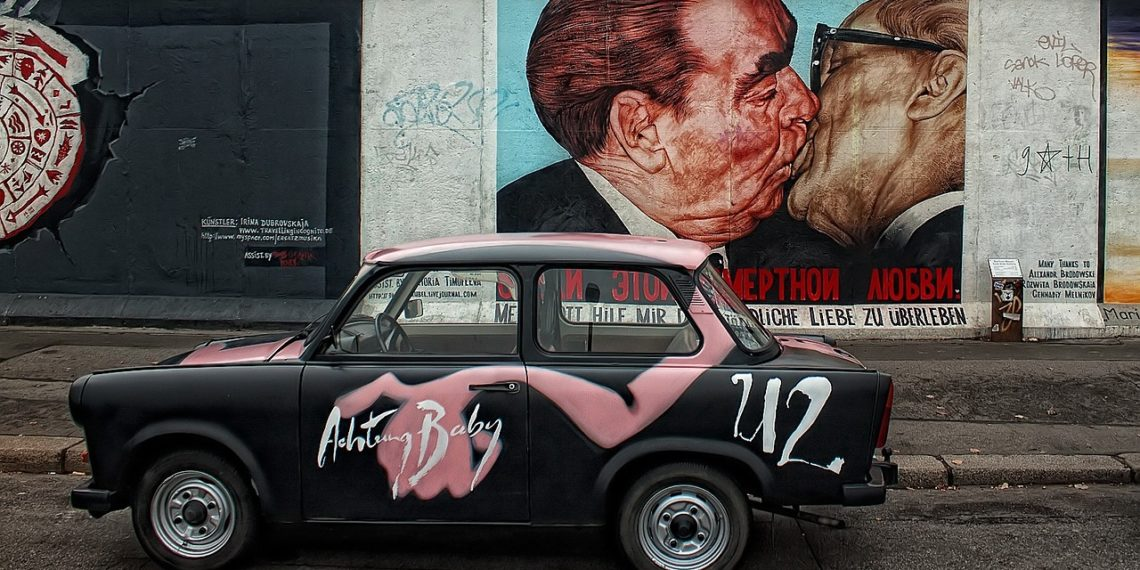 Einige fühlen sich an die Planwirtschaft der DDR in Berlin erinnert.