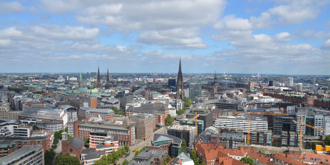 Mit Razzien geht die Stadt Hamburg gegen Mietwucherei und Ausbeutung von Wanderarbeitern vor. (Foto: Pixabay, license free)
