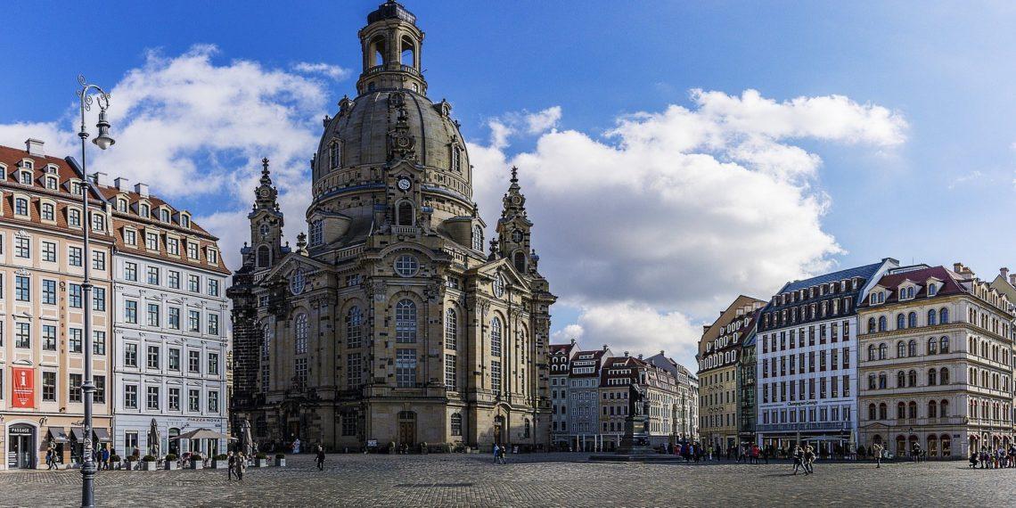 Dresdens historische Altstdt ist wunderschön. Doch jede zehnte Wohnung in Dresden gehört der Vonovia. (Foto: Pixabay)