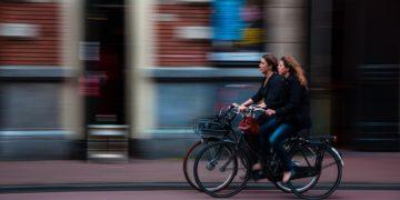 Radwege in der City sind meist viel zu schmal. (Foto: Pixabay)