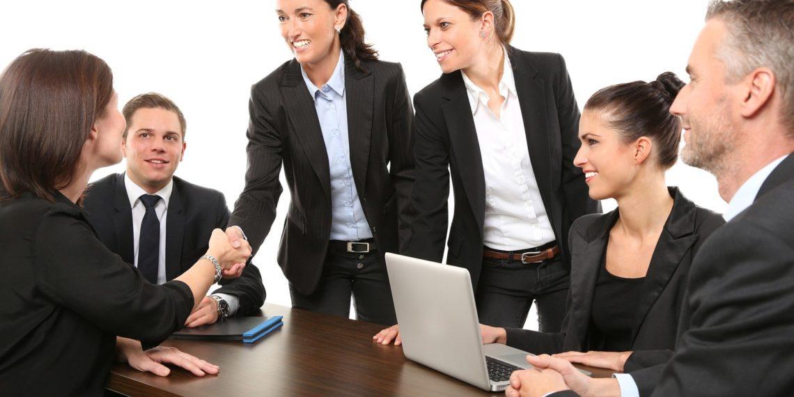 Frauen haben im Berufsleben noch immer geringere Chancen als Männer. (Foto: Werner Heiber, Pixabay)